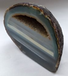 banded agate nodule